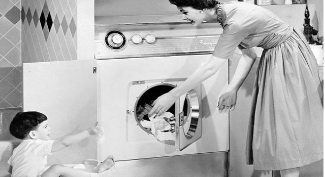 Dalla prima lavatrice a quella sempre connessa in Wi-Fi