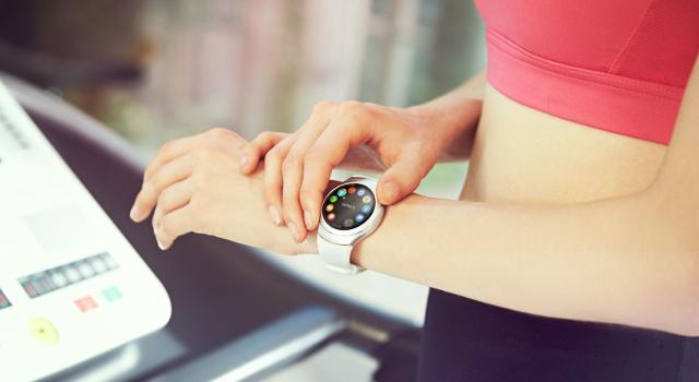 Come scegliere il miglior smartwatch o smartband per lo sport