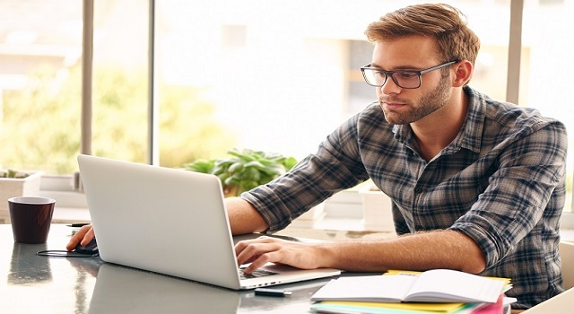 I migliori computer portatili da usare per studiare e per divertirsi a casa
