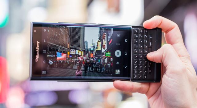 Priv: il primo smartphone BlackBerry con Android