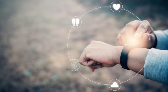 Come usare lo smartwatch: dalle app salute allo studio del Covid-19