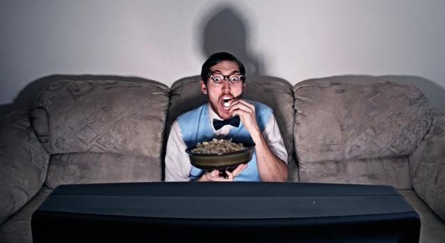 Cos'è il binge watching e le 5 regole per farlo bene