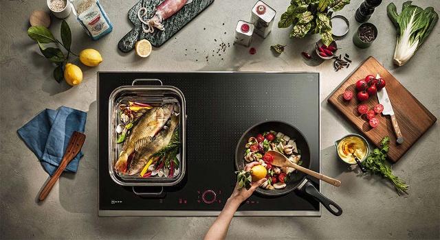 Cucina veloce e sana: i forni a vapore e le piastre a induzione