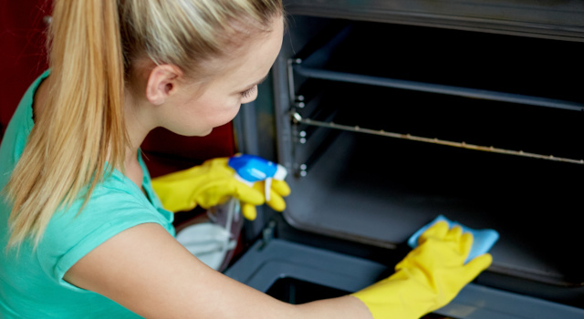 Il forno pirolitico: ecco come funziona il forno autopulente