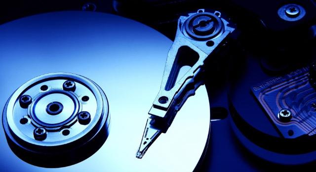 Come scegliere un hard disk esterno: quale interfaccia?