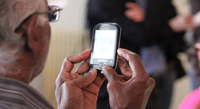 I 5 migliori telefoni cellulari per over 65