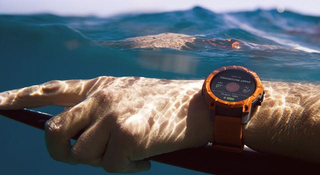 Smartwatch, sportwatch, smartband: che differenza c'é?