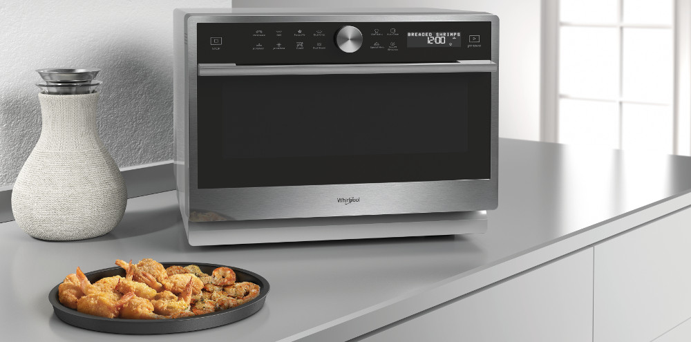 con il microonde whirlpool supreme chef l 39 alta cucina di casa monclick. Black Bedroom Furniture Sets. Home Design Ideas