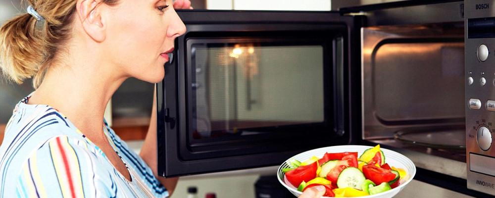Come cucinare al vapore con il microonde monclick - Cucinare a microonde ...