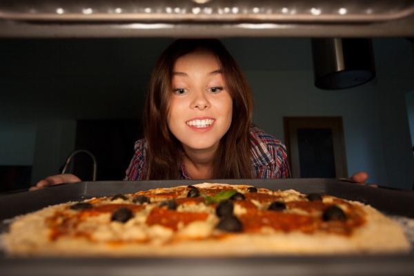 come fare pizza a casa cottura pizza in forno