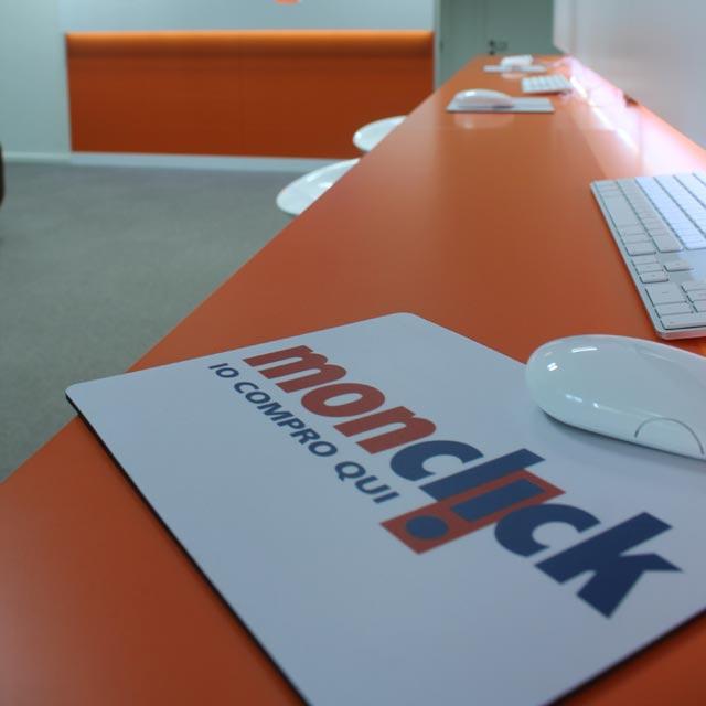 Interno della sede di Monclick all'Energy Park di Vimercate - Ingresso