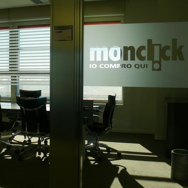 Interno della sede di Monclick
